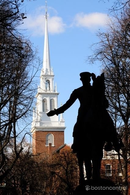 Old North Church Paul Revere Statue