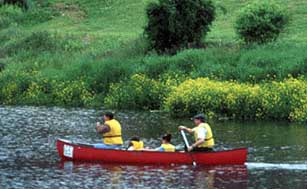 community canoeing in massachusetts photo