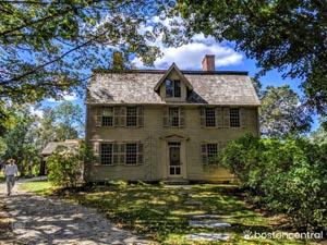 old manse house photo