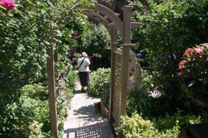 south end garden tour photo