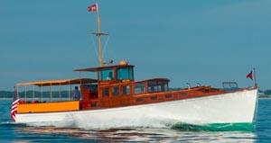 antique  classic boat festival 2022 photo