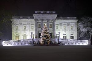 holiday wonderland newport mansions photo